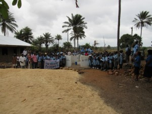 The Water Project : 39-sierraleone5083-handing-over