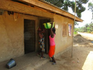 The Water Project : 4-sierraleone5084-carrying-water