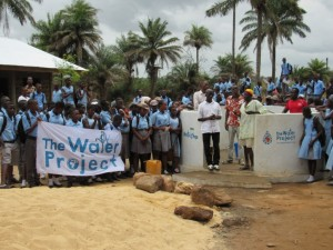 The Water Project : 46-sierraleone5083-handing-over