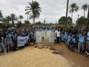 The Water Project : 50-sierraleone5083-handing-over