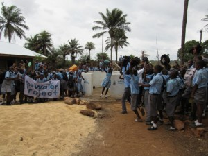 The Water Project : 52-sierraleone5083-handing-over