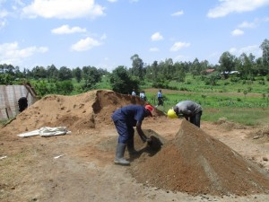 The Water Project : 6-kenya4608-construction