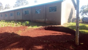 The Water Project : 6-kenya4609-construction