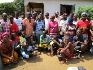 The Water Project : 6-sierraleone5085-community-members