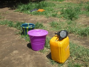 The Water Project : 6-sierraleone5088-water-containers