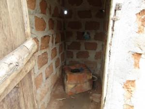 The Water Project : 7-sierraleone5085-latrine