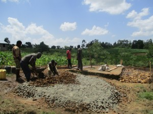 The Water Project : 8-kenya4608-construction