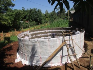 The Water Project : 9-kenya4609-construction