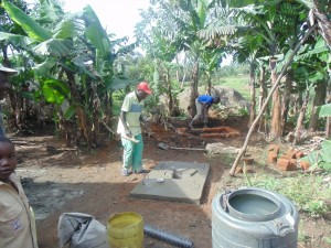 The Water Project : 17-kenya4565-construction