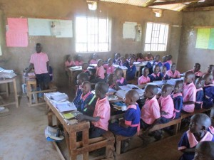 The Water Project : 2-kenya4622-school-compound