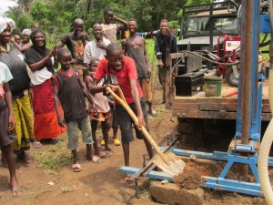 The Water Project : 22-sierraleone5084-breaking-ground
