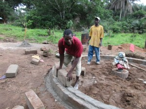 The Water Project : 30-sierraleone5084-construction