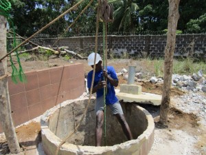 The Water Project : 30-sierraleone5099-construction