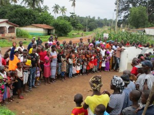 The Water Project : 31-sierraleone5085-dedication