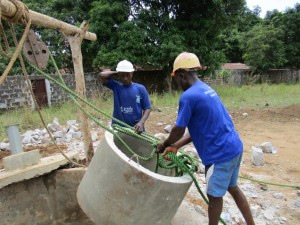 The Water Project : 31-sierraleone5099-construction