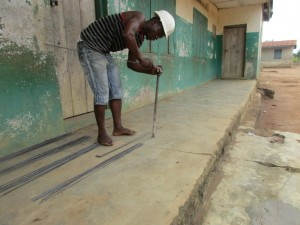 The Water Project : 33-sierraleone5099-construction