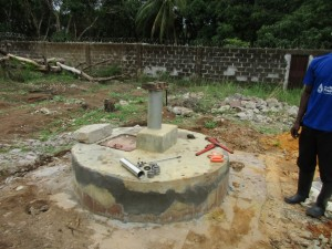 The Water Project : 34-sierraleone5099-construction