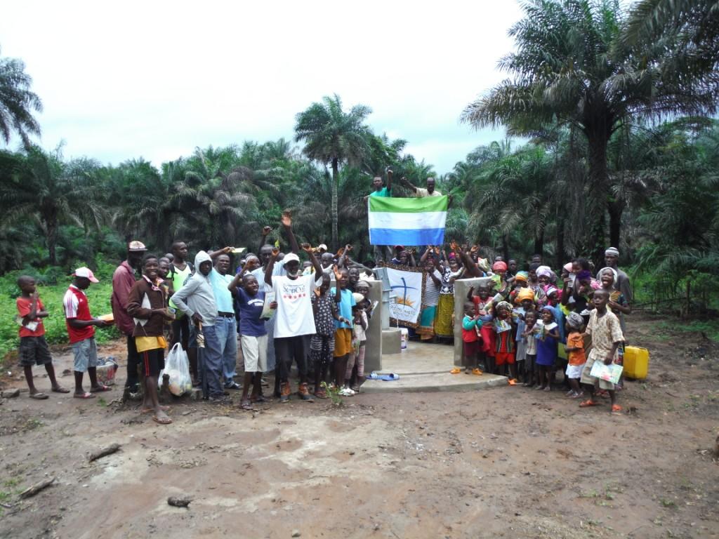 The Water Project : 37-sierraleone5084-dedication
