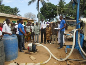 The Water Project : 37-sierraleone5087-groundbreaking