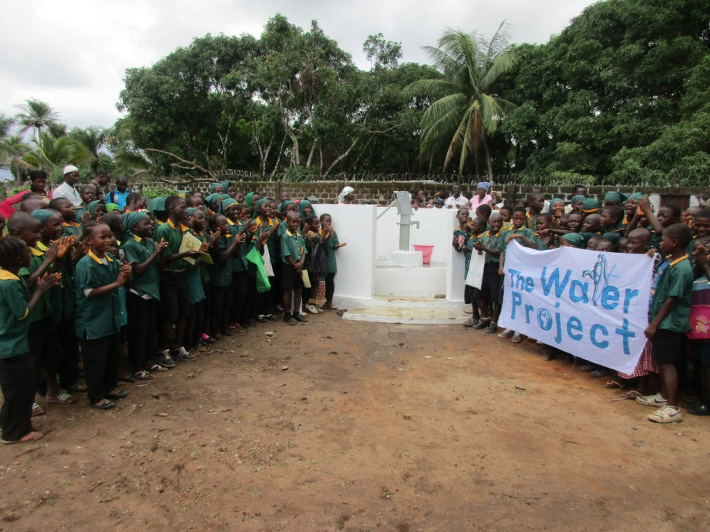 The Water Project : 44-sierraleone5099-dedication