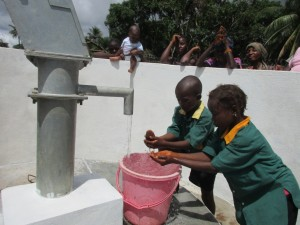 The Water Project : 45-sierraleone5099-dedication