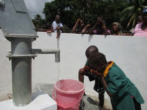 The Water Project : 46-sierraleone5099-dedication