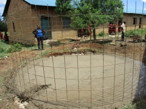 The Water Project : 6-kenya4613-construction