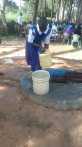 The Water Project : 7-kenya4618-current-water-source