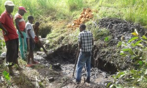 The Water Project : 8-kenya4565-construction