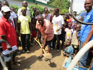 The Water Project : 9-sierraleone5085-breaking-ground