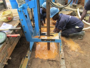 The Water Project : 18-sierraleone5089-drilling
