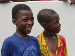 The Water Project : 33-sierraleone5088-handing-over