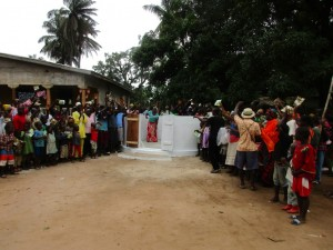 The Water Project : 38-sierraleone5089-dedication