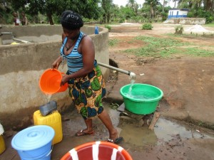 The Water Project : 4-sierraleone5091-primary-school-well