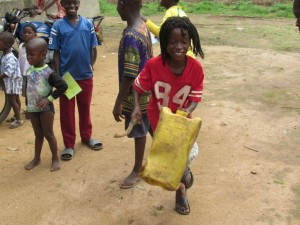 The Water Project : 51-sierraleone5089-dedication