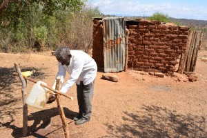 The Water Project : 1-kenya4472-hand-washing-station