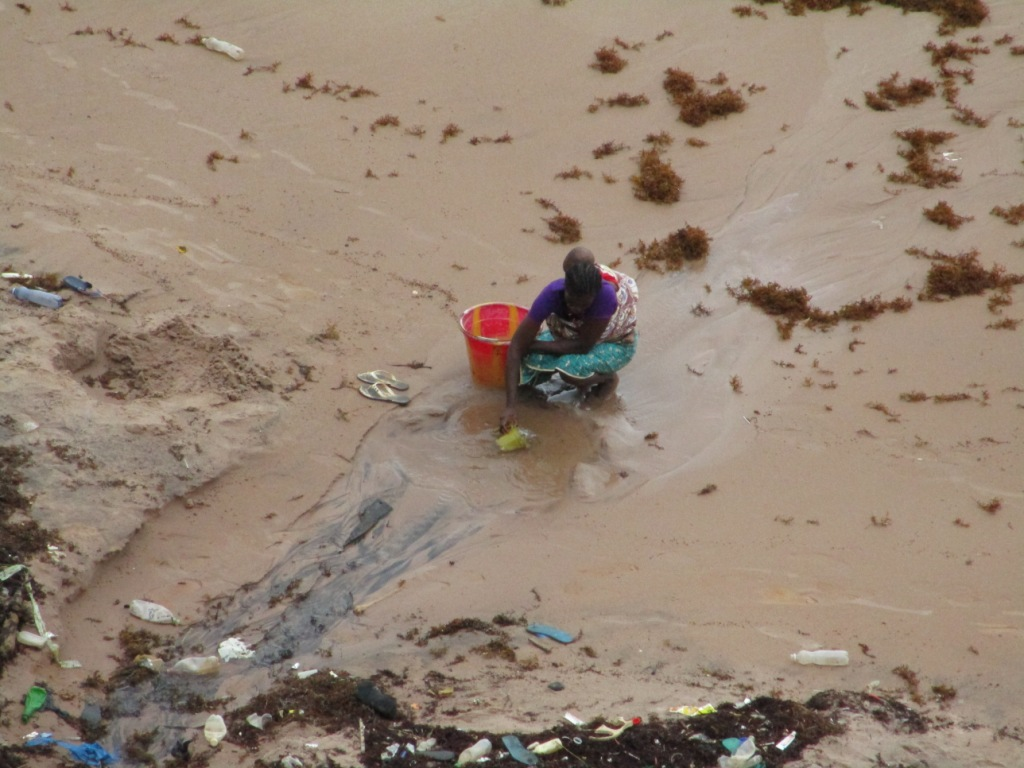 The Water Project : 1-sierraleone5090-current-water-source