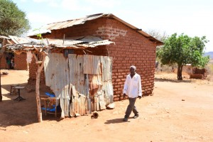 The Water Project : 13-kenya4472-household