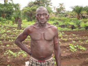 The Water Project : 15-sierraleone5090-local-farmer