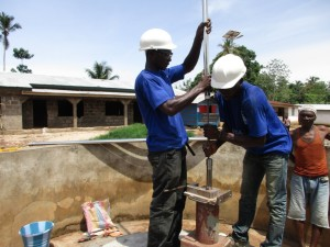The Water Project : 18-sierraleone5100-construction