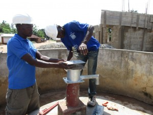 The Water Project : 19-sierraleone5100-construction