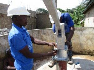 The Water Project : 20-sierraleone5100-construction