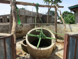 The Water Project : 23-sierraleone5100-construction