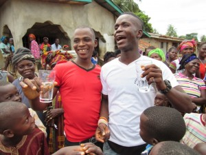 The Water Project : 32-sierraleone5100-handing-over