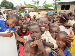 The Water Project : 37-sierraleone5100-handing-over