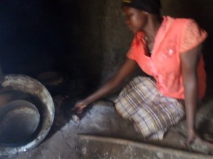 The Water Project : 11-uganda6068-cooking