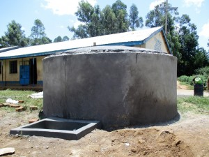 The Water Project : 15-kenya4618-construction