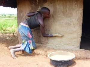 The Water Project : 21-uganda6067-work