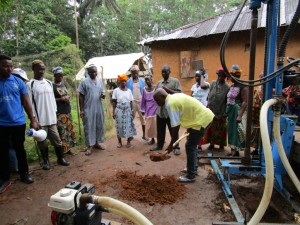 The Water Project : 22-sierraleone5091-breaking-ground