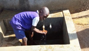The Water Project : 24-kenya4618-finished-project